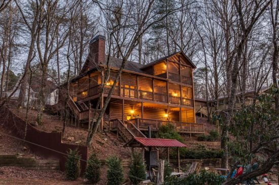 Ellijay rental cabin with 2 bedrooms, 3 baths, firepit, smoker on the river