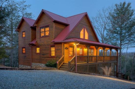 3 bedroom, 3 bath pet friendly Ellijay Cabin
