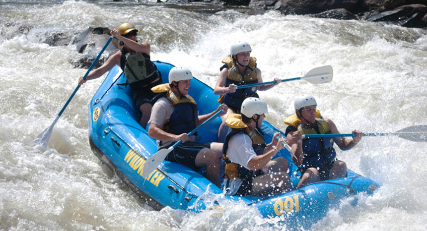 Wildwater rafting Ocoee the perfect thing to do while staying at a Blue Sky Cabin
